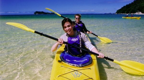 sea kayaking along the Abel Tasman Coastline